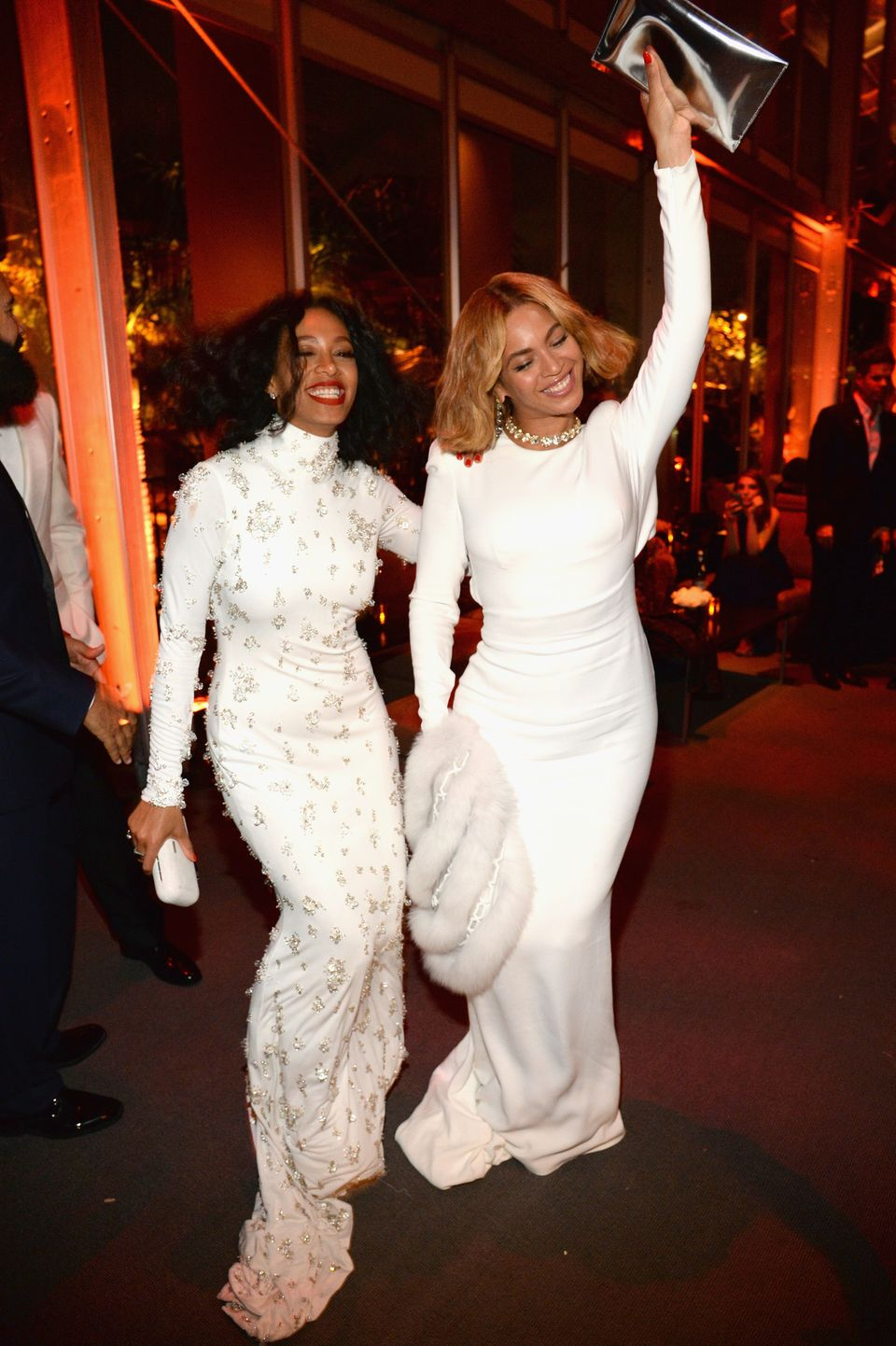 BEVERLY HILLS, CA - FEBRUARY 22:  (EXCLUSIVE ACCESS, SPECIAL RATES APPLY)  Solange and Beyonce attend  the 2015 Vanity Fair O