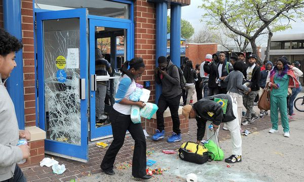 Looters empty the CVS at Pennsylvania and North Avenues during riots on Monday, April 27, 2015, Baltimore, MD, USA. Photo by