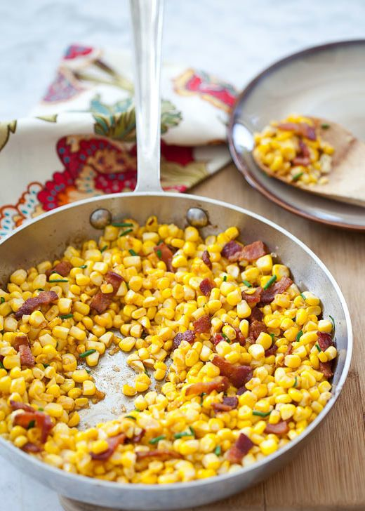 "<strong>Get the <a href=""http://www.foodiecrush.com/2012/09/friday-faves-and-smokey-corn-with-bacon/"" target=""_blank"">Smoked"