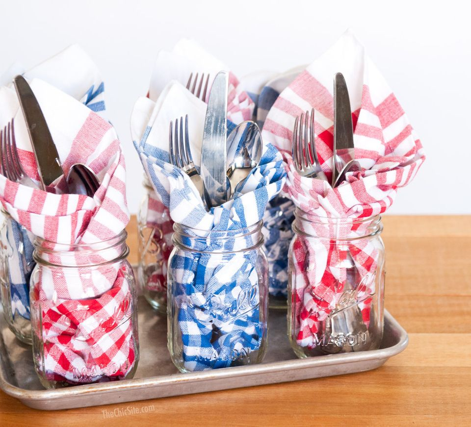 """Plus, the <a href=""""http://thechicsite.com/2014/06/20/style-utensils-on-the-buffet/""""><span>jars themselves can be used for gla"""