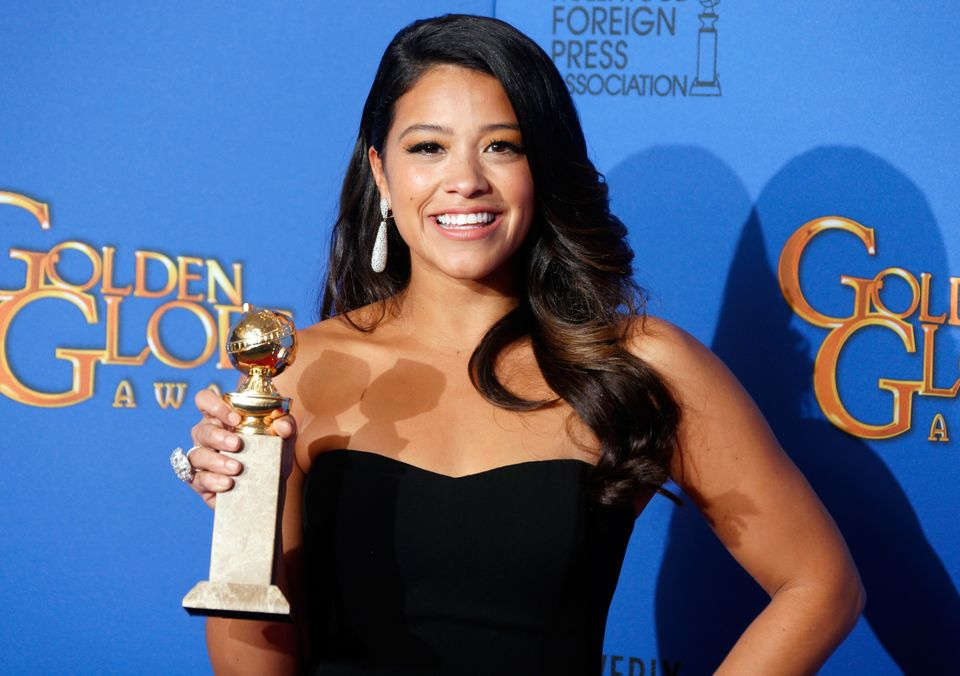 "The Golden-Globe winner <a href=""https://www.huffpost.com/entry/gina-rodriguez-body-image_n_7104118"" target=""_blank"">told Huf"