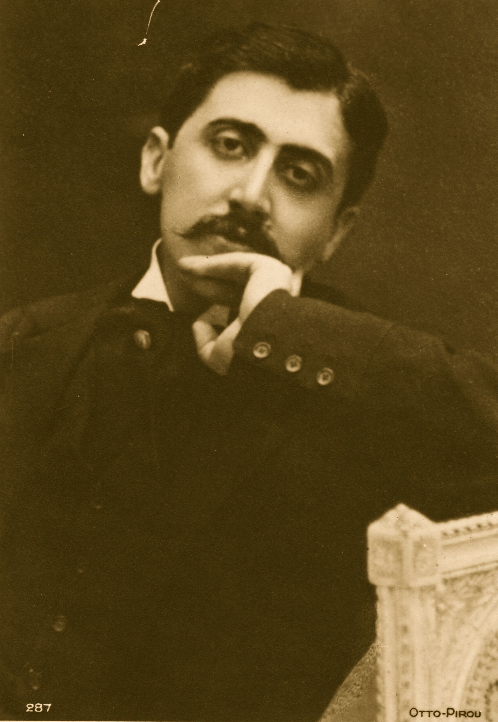 Marcel Proust (1871 - 1922), French philosopher and author.    (Photo by Hulton Archive/Getty Images)