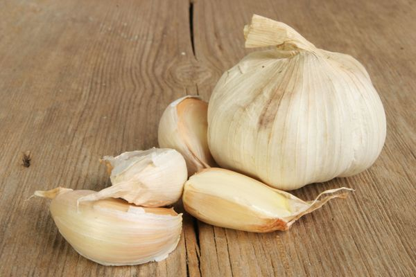 Garlic may help stave off some forms of brain cancer, according to research published in <em>Cancer</em>, the medical journal