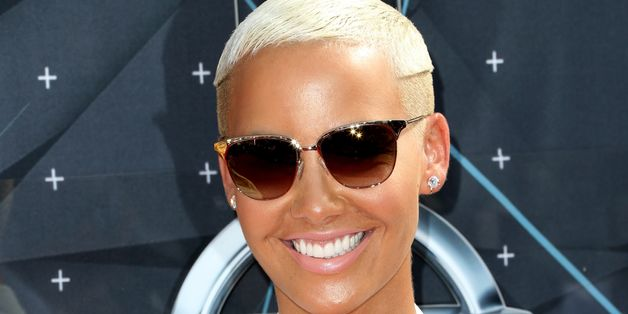 Amber Rose Heats Up Instagram With A Barely-There Swimsuit