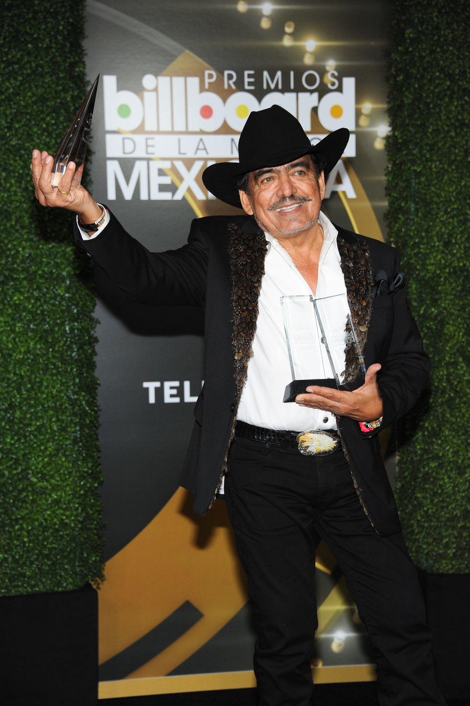 El cantante y compositor mexicano murió el lunes 13 de julio a los 64 años de edad en el estado de Guerrero, México.
