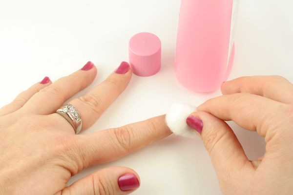 Why you should be cautious of getting acrylic nails huffpost solutioingenieria Choice Image