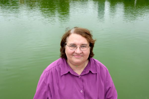 "Sharon Salzberg is a <a href=""http://www.sharonsalzberg.com/"" target=""_blank"">meditation teacher and author</a>. She cofounde"
