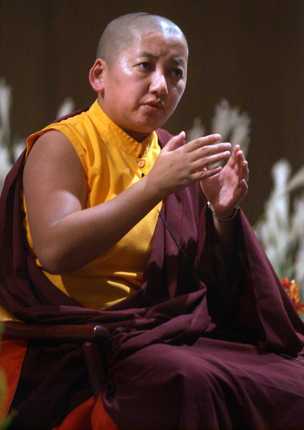"Jetsün Khandro Rinpoche is one of the very few fully trained <a href=""http://www.khandrorinpoche.org/jetsun-khandro-rinpoche/"