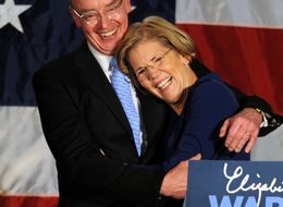 Of Course Feminist Rockstar Elizabeth Warren Proposed To Her Husband