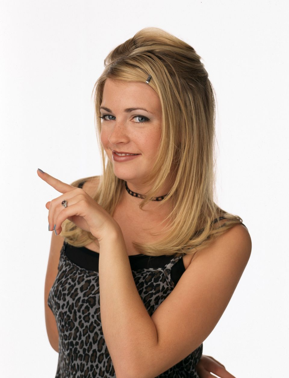 "Before 1996, everyone knew Melissa Joan Hart as Clarissa Darling ... but ""Sabrina, The Teenage Witch"" changed that. Hart ende"