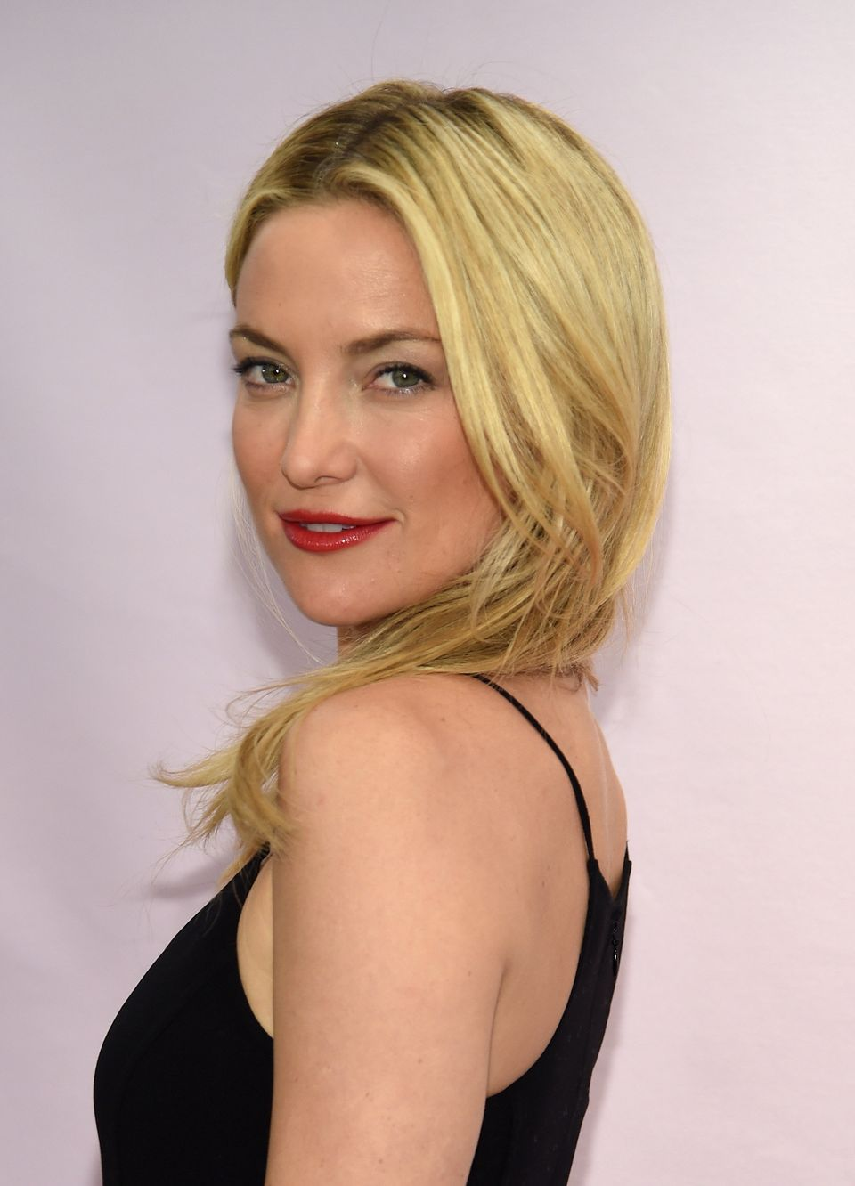"The ""Almost Famous"" star said she was <a href=""http://www.starpulse.com/news/index.php/2009/01/09/kate_hudson_baffled_by_lesb"