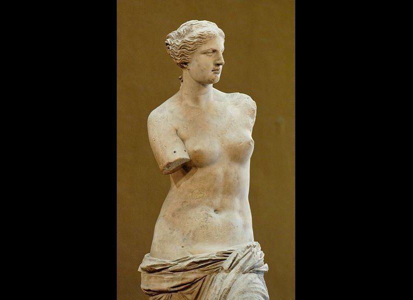 """<a href=""""http://www.louvre.fr/en/oeuvre-notices/aphrodite-known-venus-de-milo"""" target=""""_hplink"""">Venus de Milo</a>. Parian mar"""