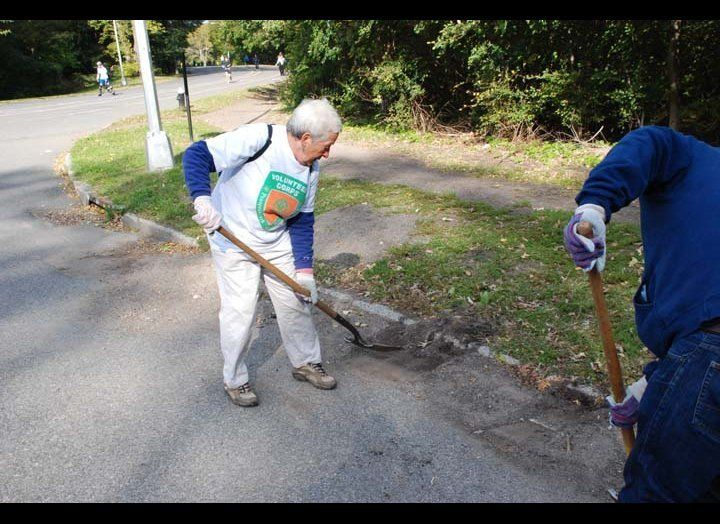 Retirees who volunteered on environmental projects in the outdoors showed more dramatic health benefits than people engaged i