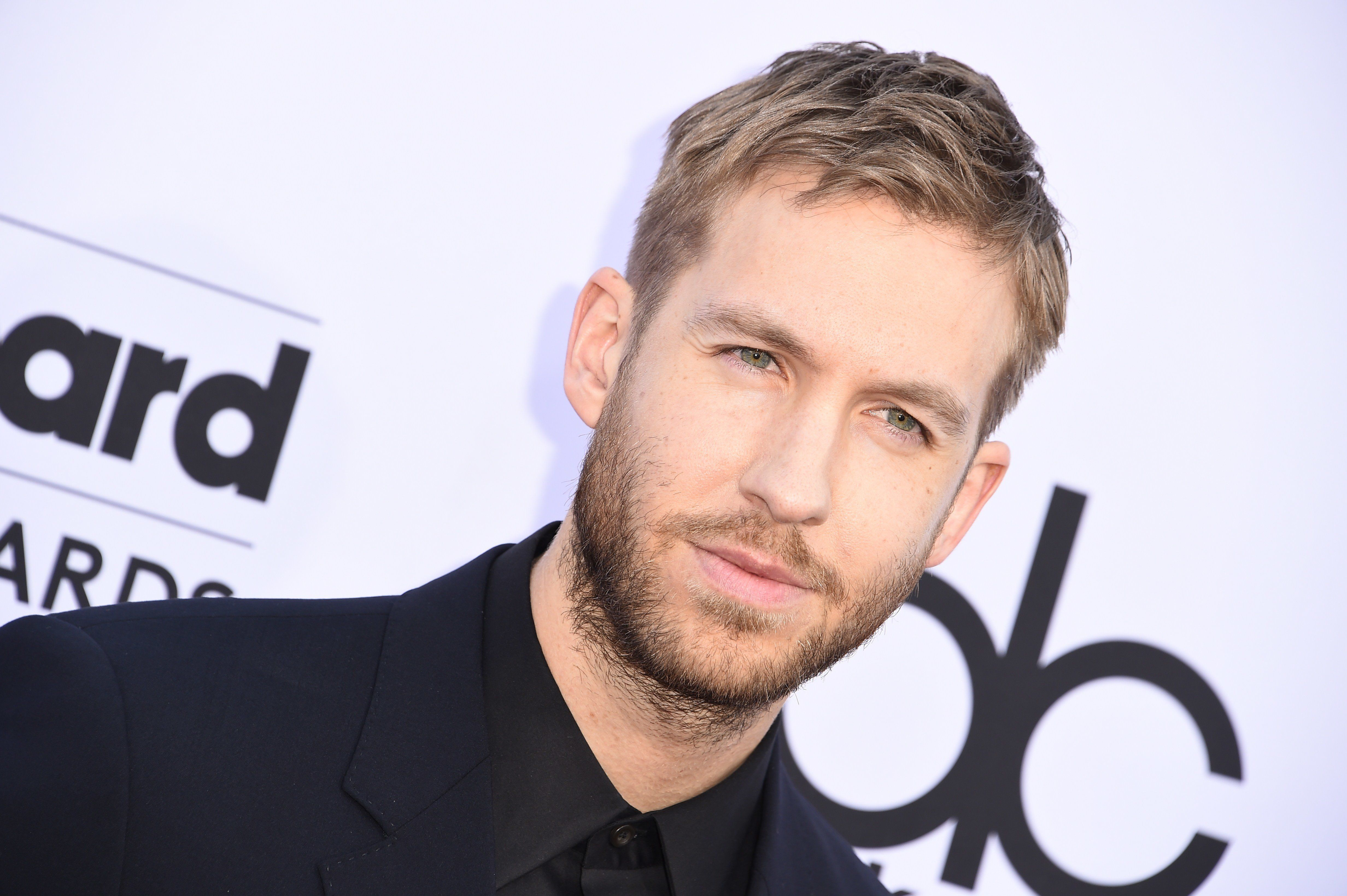 Calvin Harris attends the 2015 Billboard Music Awards, May 17, 2015, at the MGM Grand Garden Arena in Las Vegas, Nevada.  AFP PHOTO / ROBYN BECK        (Photo credit should read ROBYN BECK/AFP/Getty Images)