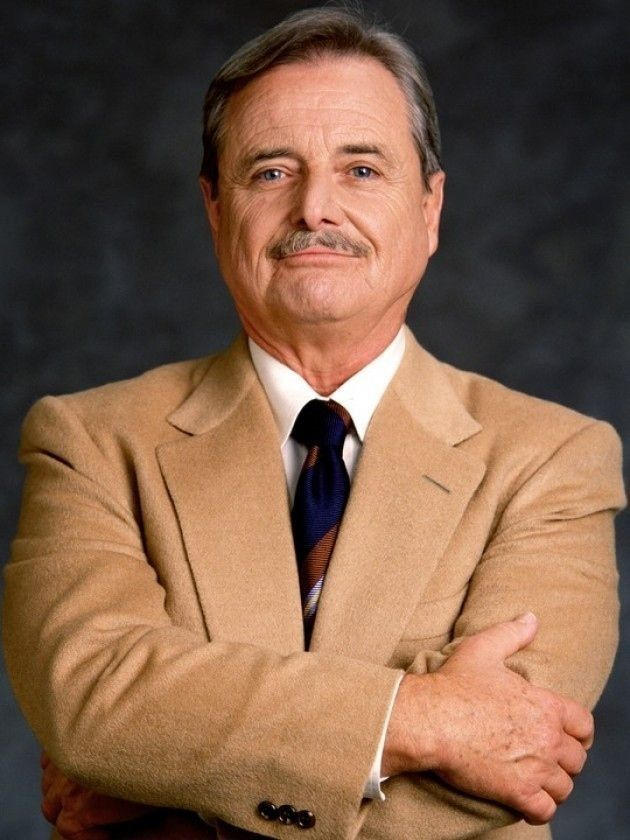 "<strong>WHO:</strong> William Daniels as George Feeny  <strong>WHERE HAVE I SEEN HIM?</strong> Your favourite '90s show ""Boy"