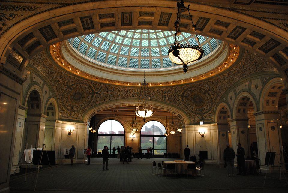 "<em>78 E. Washington St.</em> <br> The Cultural Center offers <a href=""http://www.cityofchicago.org/city/en/depts/dca/supp_in"