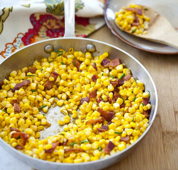 "<strong>Get the <a href=""http://www.foodiecrush.com/2012/09/friday-faves-and-smokey-corn-with-bacon/"" target=""_blank"">Smokey"