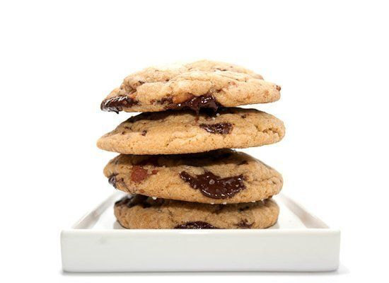 "<strong>Get the <a href=""http://iamafoodblog.com/bacon-chocolate-chip-cookie-recipe/"" target=""_hplink"">Bacon Chocolate Chip C"