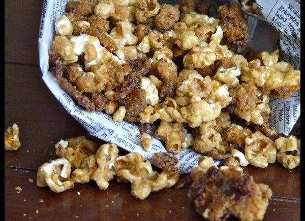"<strong>Get the <a href=""http://someoneleftthecakeoutintherain.wordpress.com/2011/02/23/bacon-bourbon-caramel-popcorn/"" targe"