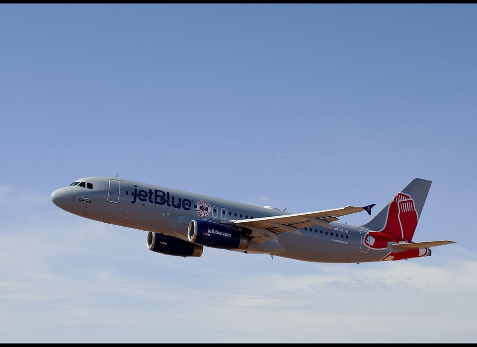 The official airline of the Boston Red Sox painted an Airbus A320 to match the team's grey road uniforms. 