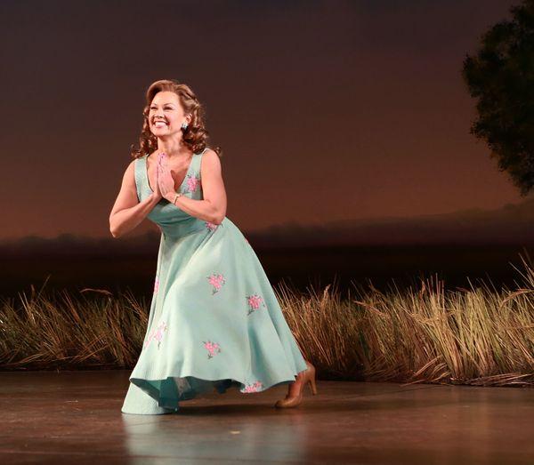 """<a href=""""http://www.broadwayworld.com/people/Vanessa-Williams/"""">Vanessa Williams's first Broadway performance </a>was in """"Dea"""
