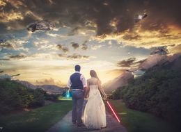 'Star Wars'-Inspired Wedding Photo Captures Nerd Love At Its Finest