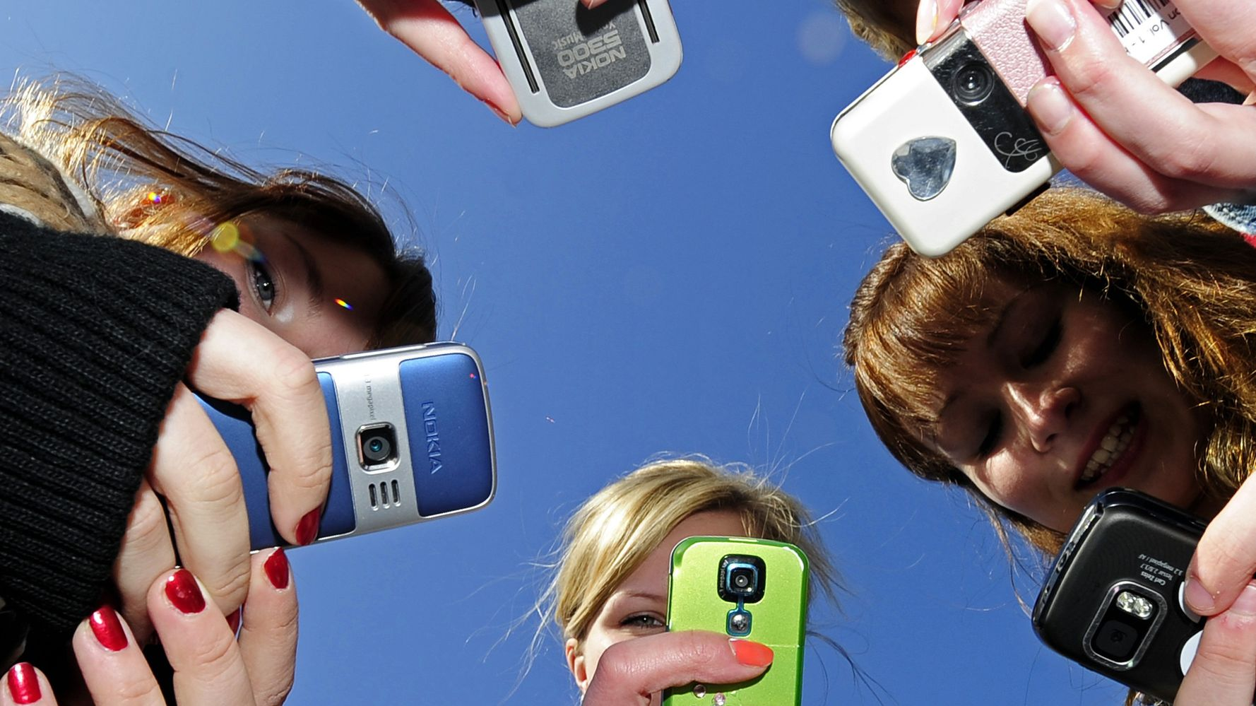 5 Apps To Spy On Your Kids Without Them Knowing | HuffPost
