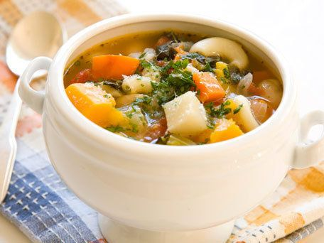 """<strong>Get the <a href=""""http://www.huffingtonpost.com/2011/10/27/autumn-minestrone-soup_n_1059881.html"""">Autumn Minestrone So"""