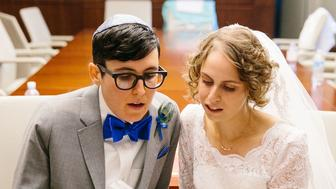 Emet and Jessica Ozar tied the knot in Los Angeles in August 2014.