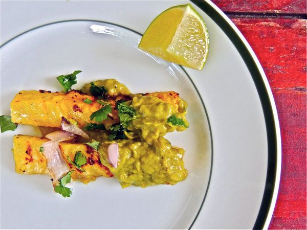 """<strong>Get the <a href=""""http://food52.com/recipes/17959-grilled-pineapple-with-smoky-avocado-vinaigrette"""" target=""""_blank"""">Gr"""