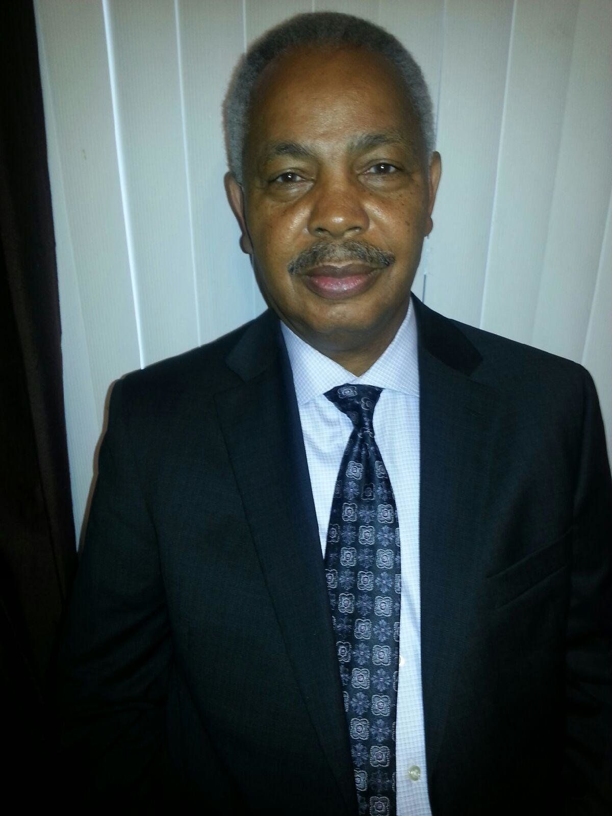 <span>Photo of Lorenzo Davis, formerChicago's Independent Police Review Authority supervisor.</span>