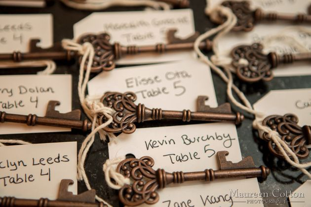 24 wedding favor ideas that don39t suck for Bottle opener wedding favor