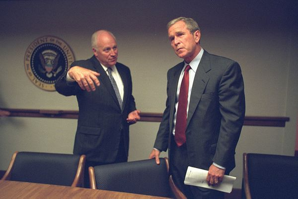 Vice President Cheney and President Bush in the President's Emergency Operations Center
