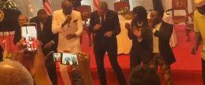 OBAMA DANCING KENYA