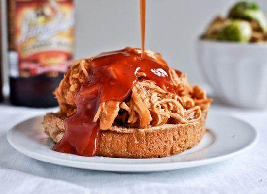 "<strong>Get the <a href=""http://www.howsweeteats.com/2011/10/crockpot-bbq-beer-chicken/"" target=""_hplink"">BBQ Beer Chicken re"