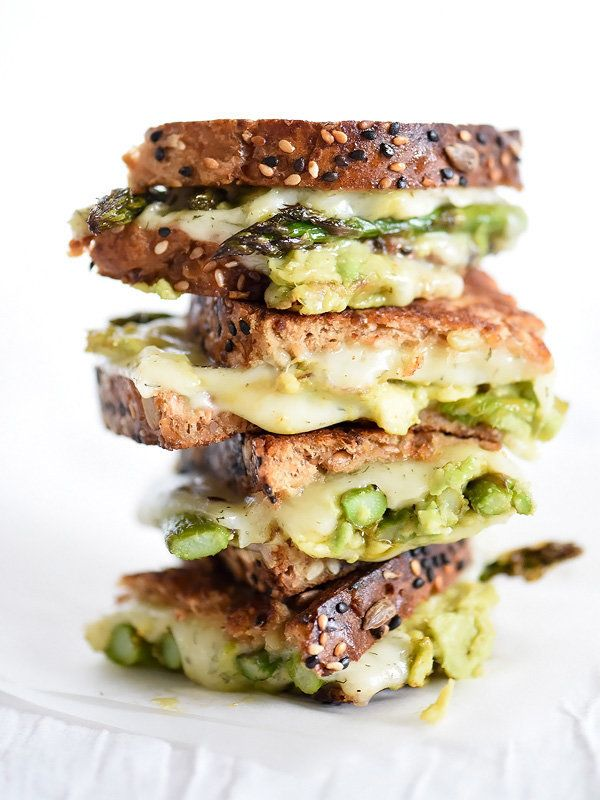 """<strong>Get the <a href=""""http://www.foodiecrush.com/2015/04/spicy-smashed-avocado-asparagus-with-dill-havarti-grilled-cheese/"""