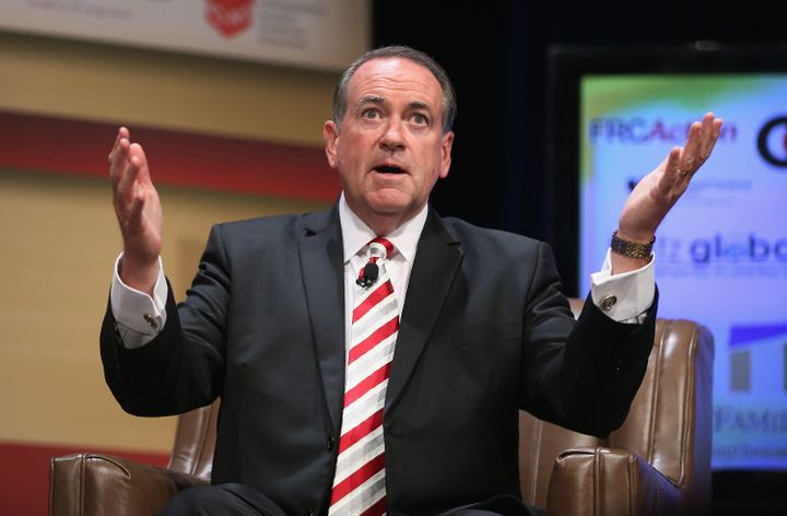 "Mike Huckabee now thinks it would be ""naive"" to reach a deal with the Iranians."