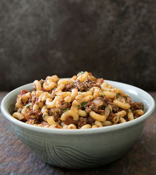"<strong>Get the <a href=""http://www.simplyrecipes.com/recipes/hamburger_and_macaroni/"" target=""_blank"">Hamburger and Macaroni"