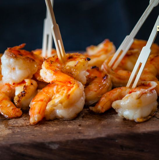 "<strong>Get the<a href=""http://steamykitchen.com/23695-miso-butter-shrimp-recipe.html"" target=""_blank""> Miso Butter Shrimp re"