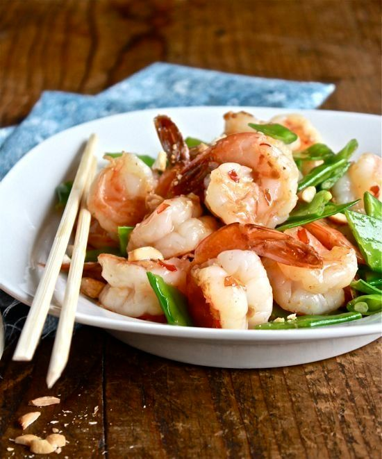 """<strong>Get the <a href=""""http://www.theclevercarrot.com/2012/12/dinner-tonight-sweet-chili-shrimp-stir-fry/"""" target=""""_blank"""">"""