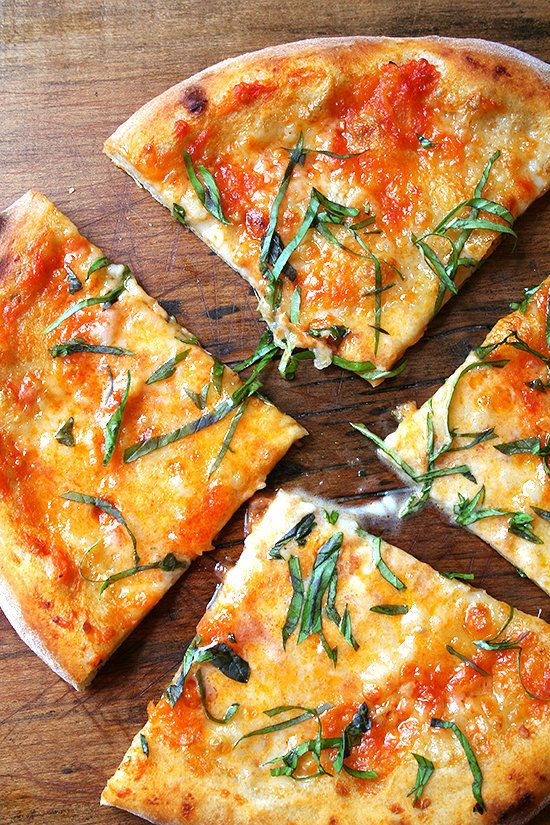 """<strong>Get the <a href=""""http://www.alexandracooks.com/2011/08/11/pizza-margherita-homemade-tomato-sauce-homemade-ricotta/"""" t"""