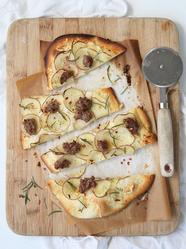 """<strong>Get the <a href=""""http://www.foodiecrush.com/2013/09/potato-and-sausage-pizza/"""" target=""""_blank"""">Red Potato, Sausage an"""