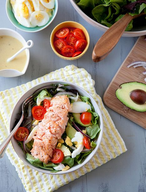 "<strong>Get the <a href=""http://www.annies-eats.com/2014/03/24/salmon-salad-with-honey-mustard-vinaigrette/"" target=""_blank"">"