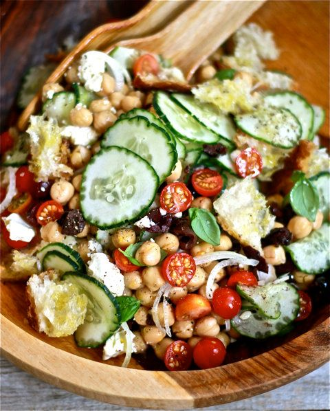 "<strong>Get the <a href=""http://www.theclevercarrot.com/2012/08/chickpea-panzanella/"" target=""_blank"">Chickpea Panzanella rec"