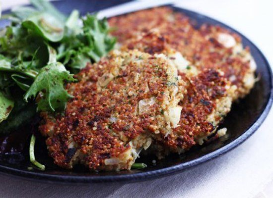 "<strong>Get the <a href=""http://catesworldkitchen.com/2011/04/basil-parmesan-quinoa-cakes-and-sf-green-festival/"" target=""_hp"