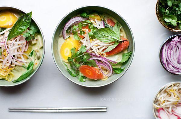 """<strong>Get the <a href=""""http://onetwosimplecooking.com/blog/2013/4/4/thai-ramen"""" target=""""_blank"""">Thai Green Curry Ramen</a>"""