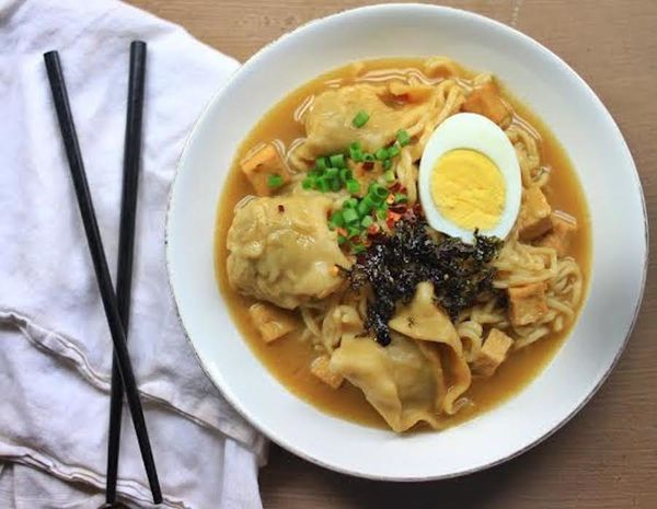 "<strong>Get the <a href=""http://forbiddenriceblog.com/2013/11/16/miso-mushroom-ramen-with-vegetarian-wontons-with-crispy-tofu"