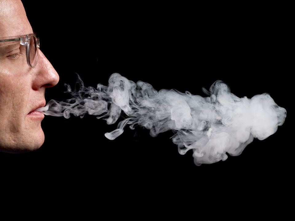 "<a href=""https://www.huffpost.com/entry/e-cigarette-studies_n_5319225"" target=""_blank"">Twenty percent of middle schoolers</a>"