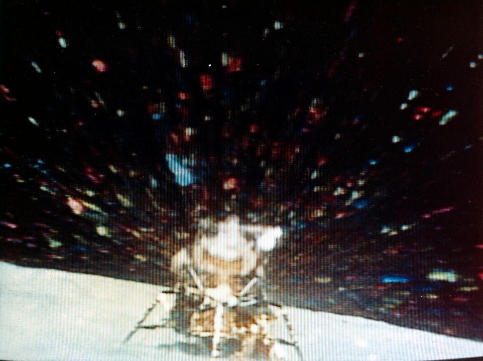 Orion, the Apollo 16 Lunar Modulepreparesto rendezvous with the Apollo 16 Command and Service Module, Casper, wit