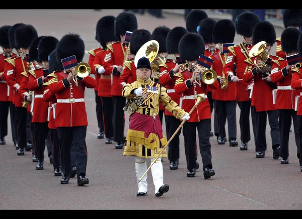 A band of the Queen's guard perform in the Mall on the day of the royal wedding. (Getty photo)